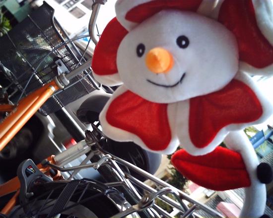 自転車のアクセサリー:顔があると思わず撮ってしまいます。