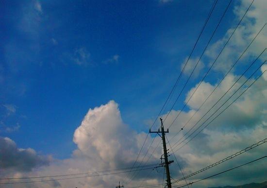 雲と電線:EMONSTER S11HT