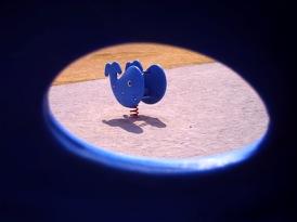 穴からのぞく写真好きですヽ(´ー`)ノ:ViviCam5050