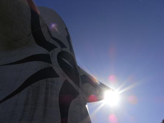 RICOH R10:太陽の塔って背面もカッコイイんです!