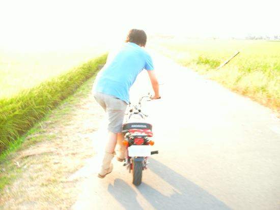 露出+2:バイク