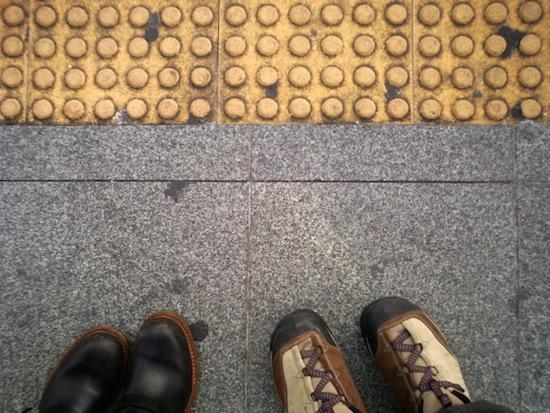 ロンとツマーの靴