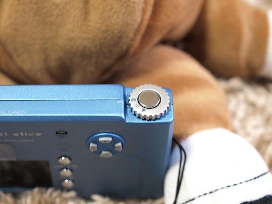 カメラ・動画・プレビュー切り替えはこんな感じ。薄いですー!