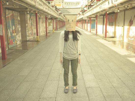 浅草紙袋女子レトロ
