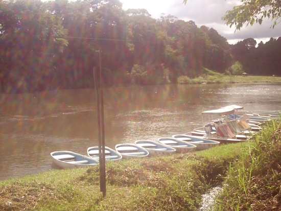 もう一枚ボートの写真を。これも好きな感じ。