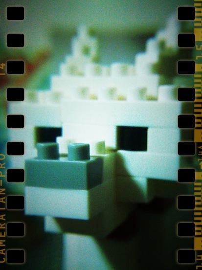 出来上がった写真がこれ!ナノブロックで作ったお父さん!