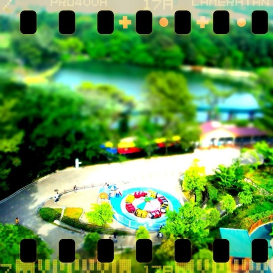 ミニチュア風遊園地:RICOH R10