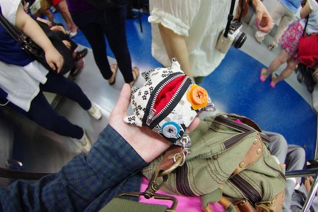 韓国の地下鉄でモンヂャック