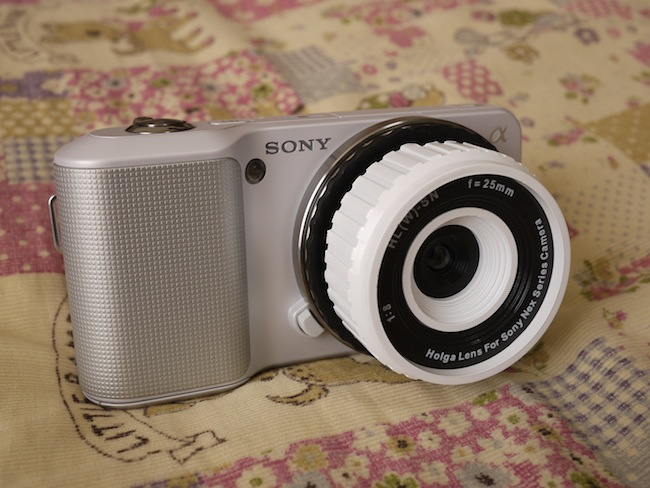 レンズの大きさも色もピッタリ!可愛いカメラになります!