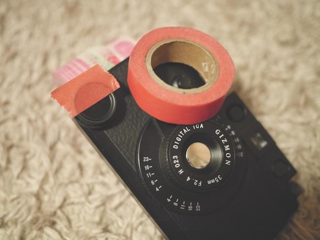 マスキングテープをCPL FILTERの半分に貼る。これだけです(笑)