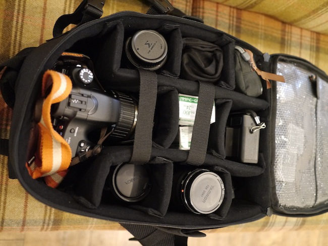 Amazonベーシック カメラリュック